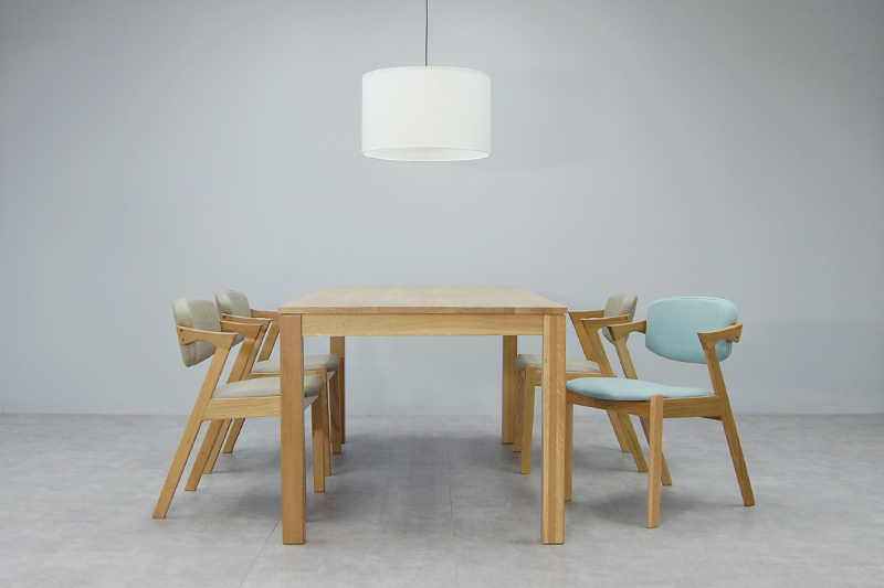 Fort Dining Table Solid Oak Wood
