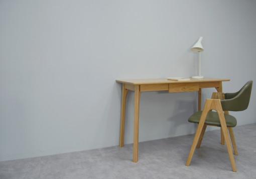 Orwell Desk_Oak_2