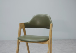 Prisma Chair_Olive PU_2